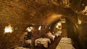 مطعم بوتين||Sobrino de Botin